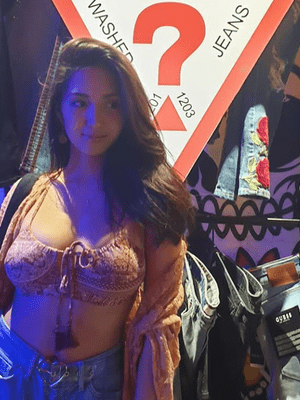 """Some Presents : Roxanne Barcelo 5<span class=""""rating-result after_title mr-filter rating-result-10181""""><span class=""""no-rating-results-text"""">No ratings yet.</span></span>"""